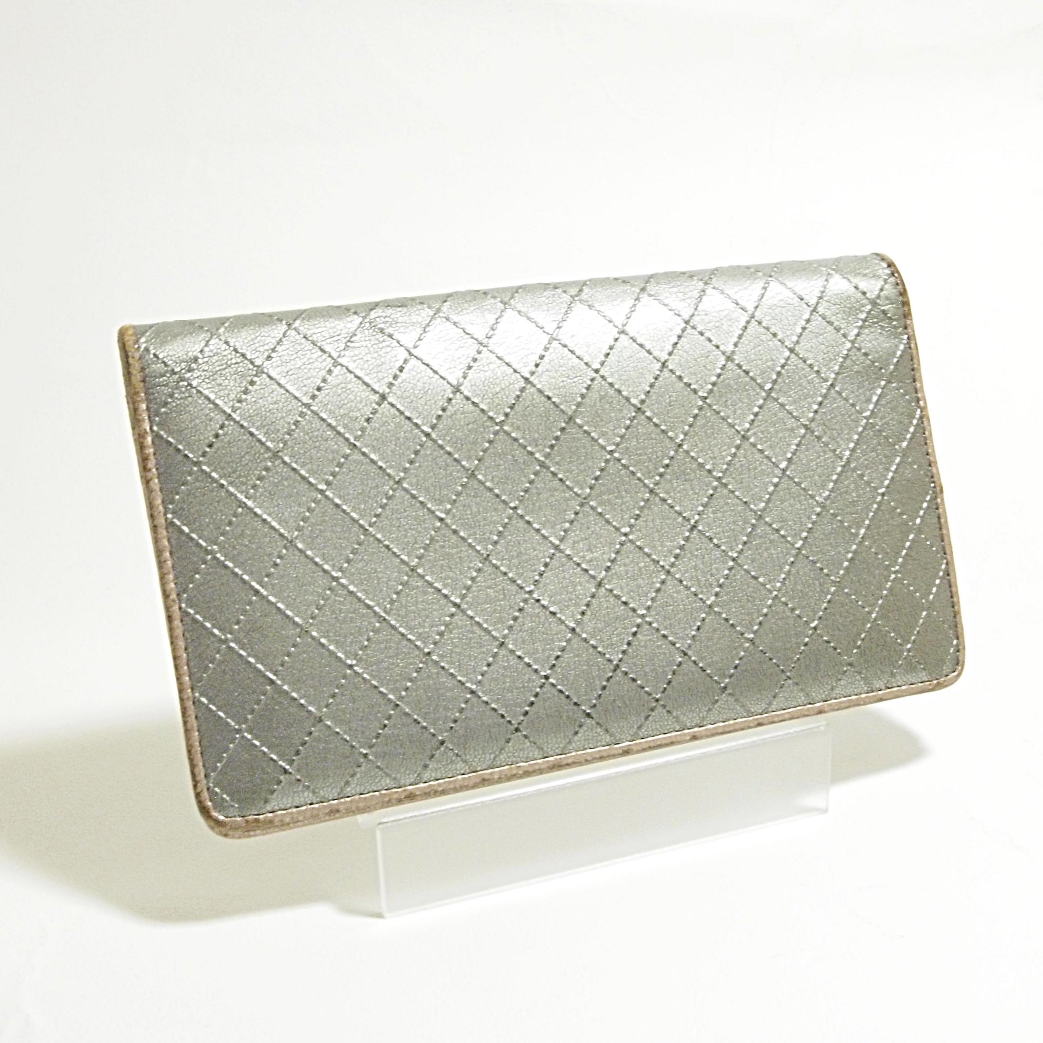 シャネル CHANEL 長財布 ワイルドステッチ カーフ シルバー色/ゴールド色 中古