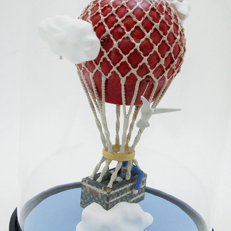 http://ルイ・ヴィトン%20LOUISVUITTON%20小物アクセサリー%20スノードーム%20気球%202013年ノベルティ%20中古