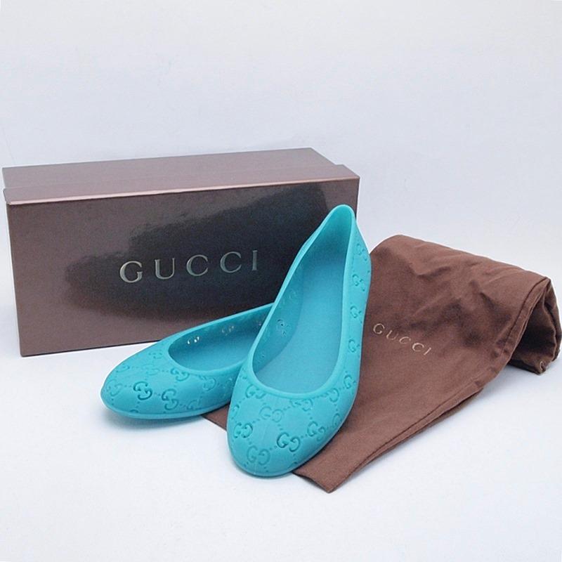 http://グッチ%20GUCCI%20靴スカーフ%20フラットシューズ%20GGラバー%20ターコイズ%20中古