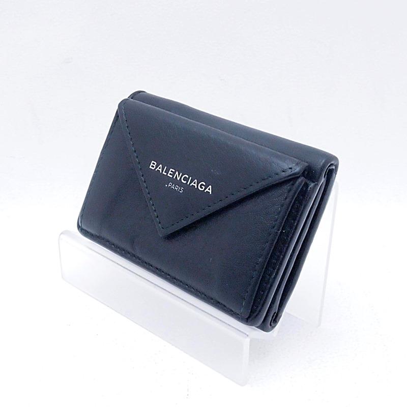 http://バレンシアガ%20財布%20三つ折りコンパクト財布 ペーパーミニ%20391446%20レザー%20ブラック%20中古