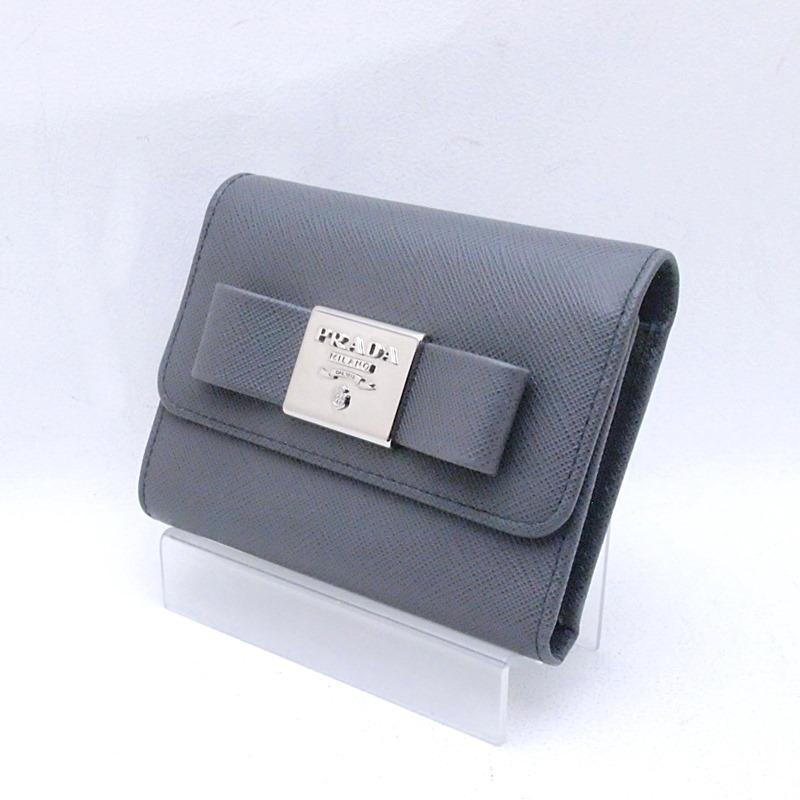 プラダ 財布 三つ折り財布 リボン 1MH840 サフィアーノ グレー 中古